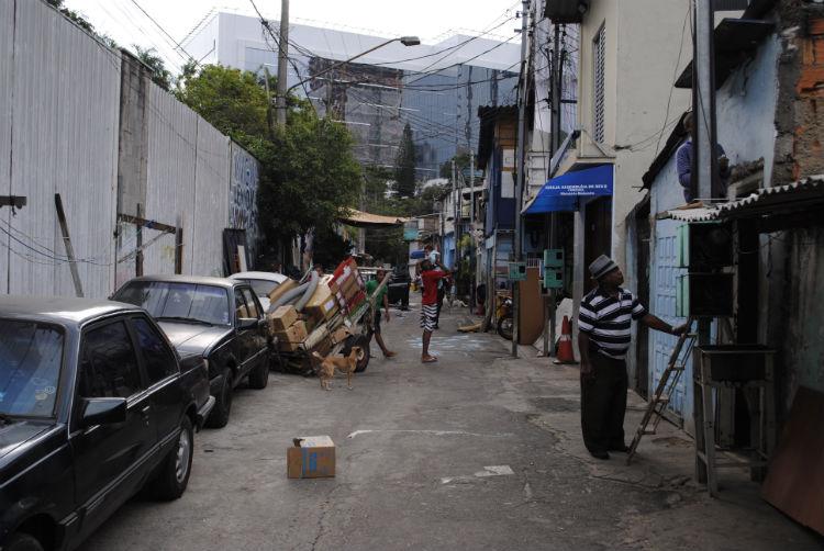 Rua Coliseu - sentido (sem saída2)