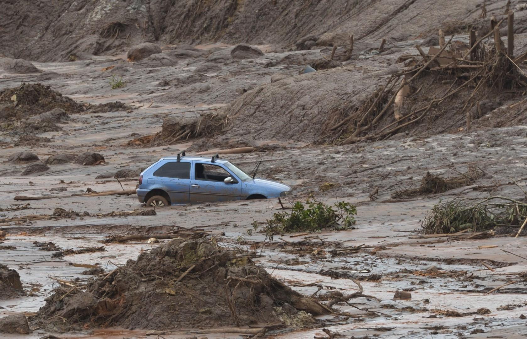 Mariana (MG) - Distrito de Bento Rodrigues, em Mariana (MG), atingido pelo rompimento de duas barragens de rejeitos da mineradora Samarco (Antonio Cruz/Agência Brasil)